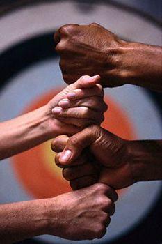 http://blog.linniecarter.com/files/2010/10/diversity_workplace.jpg